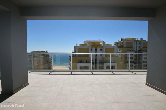 Apartamento T2 novo - terraço com 103m2 vista mar