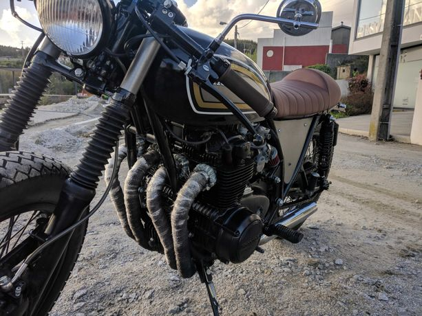 Honda CB500F 1975 Cafe Racer