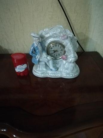 Настольные часы фарфор