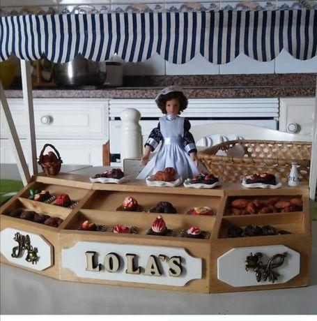 Posto de mercado por encomenda casa de bonecas