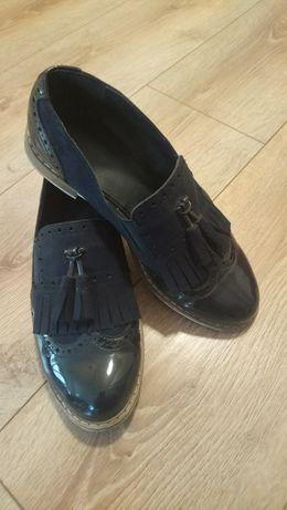 Buty damskie w dobrym stanie