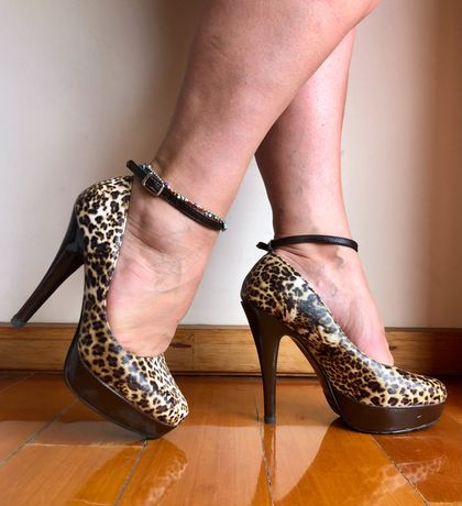 Sapato Tacão Alto Tigresa
