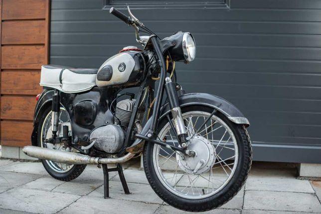 SHL M11 1967r.  z prywatnej kolekcji.Oryginalna, jeżdżąca. Komplet dok