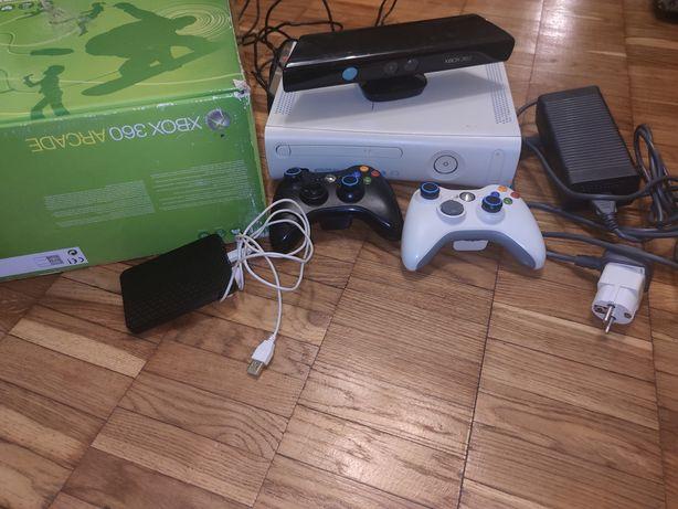 Xbox 360 + Kinect + 120GB + freeboot + 2 джойстика + LT2