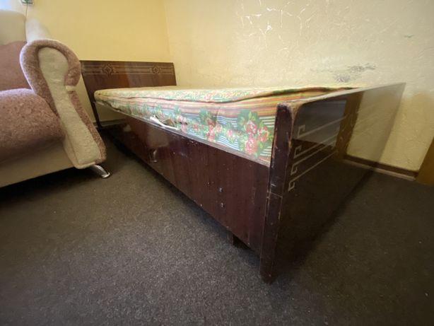 Кровать односпальная СРОЧНО