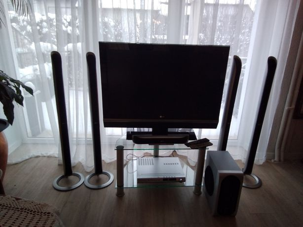 "Telewizor LG 42"" LC2R z kinem domowym 5.1 LG DVD RECEIVER LH-T551"