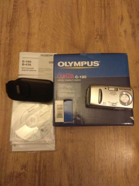 Цифровой фотоаппарат Olympus CAMEDIA C-180