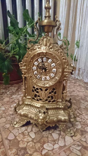 Stary mosiężny zegar -mosiądz