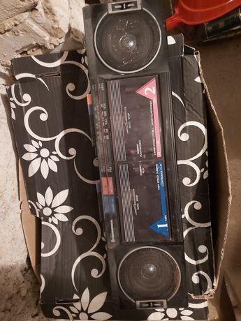 Dwa stare radia na sprzedaż
