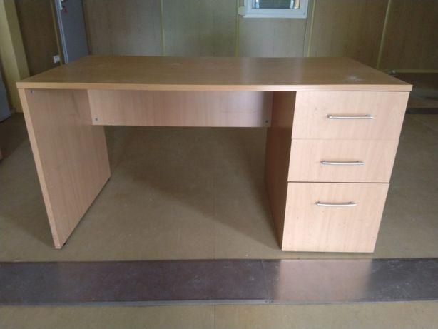 Комплект офісних меблів б/в, в гарному стані