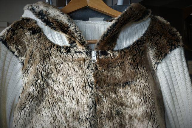 Kremowo-biały sweter z futerkiem / r. 14