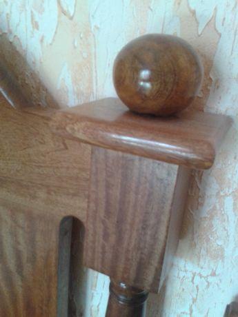 Мебель для спальни. Производства Индонезии из дерева манго.