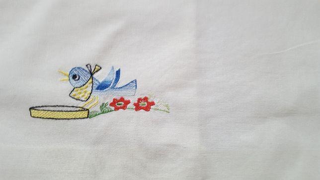 POSZEWKA z haftem na poduszkę dla dziecka