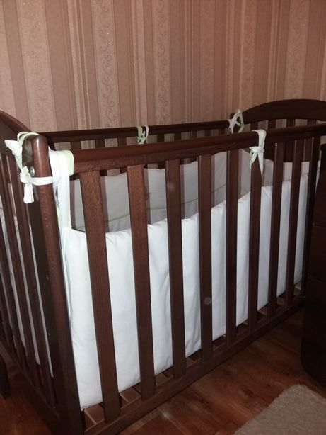 Продам детскую кроватку Верес+матрас+защита. Комод-пеленатор Верес.
