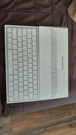Клавіатура Apple