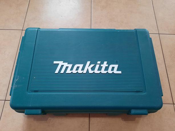 Акумуляторний шуруповерт Makita 8391d
