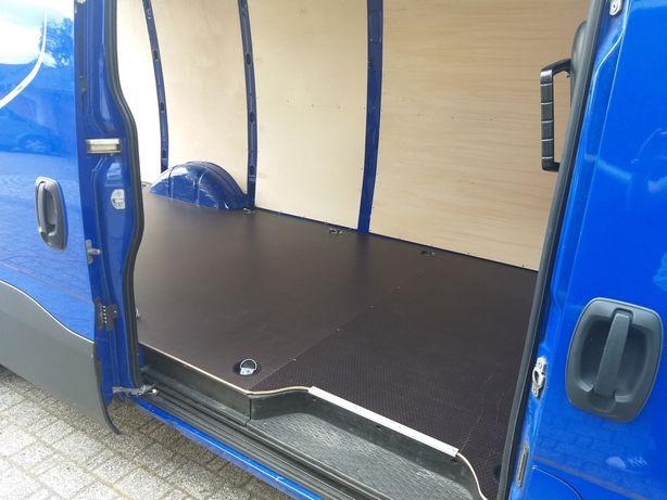 Zabudowa busa, Iveco Daily 16m3 sklejka, podłoga + boki z dojazdem