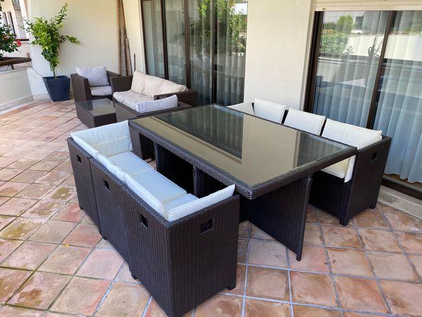 Mesa de Exterior com 6 cadeiras