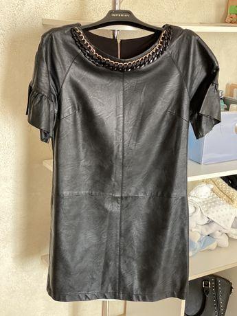 Шкіряне плаття сукня з еко шкіри чорна коротка
