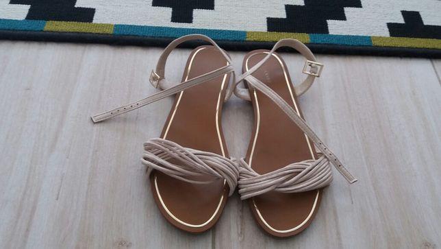 Sandałki Reserved jak nowe raz ubrane roz.38