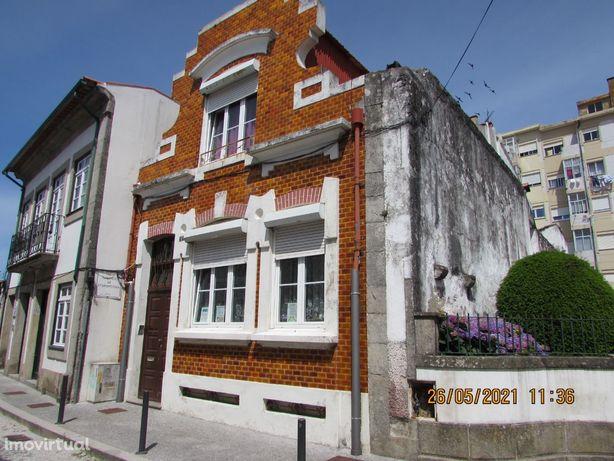Moradia V4 Centro Cidade