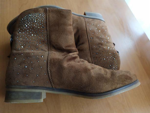 Модные ботиночки, состояние новых