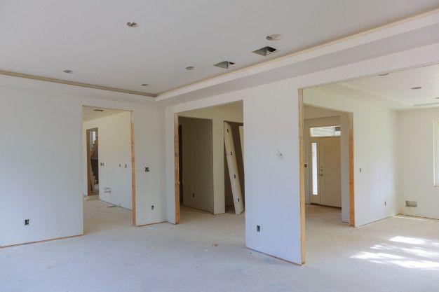 Remonty i wykończenia wnętrz, usługi budowlane.