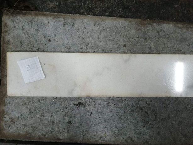 Мраморная плитка Ariston White (полированная, несколько размеров)