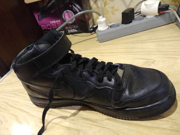 Продам мужские ботинки-кроссовки,