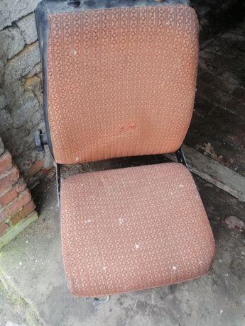 Siedzenie mechaniczne pneumatyczne