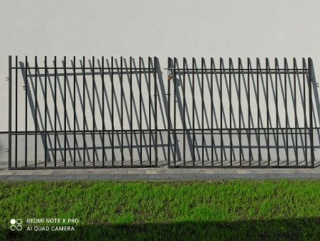 Brama 4 metry czarna