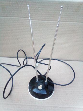 Кімнатна теле антена