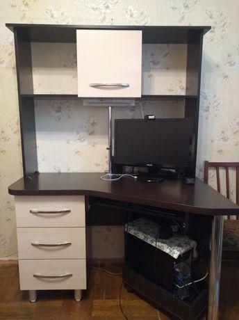 Продам стол письменный (компьютерный)