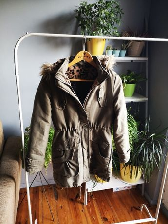 zielony płaszcz kutka zimowa s 36 futerko brave soul zima jesień khaki