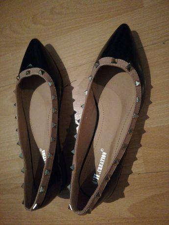 Baleriny z ćwiekami baletki buty damskie wsuwane
