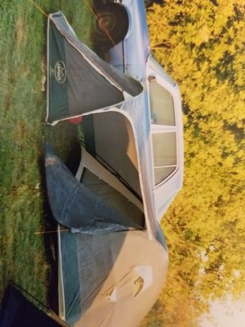 Продам 4-х местную палатку Campus