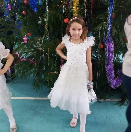 Бальное платье для девочки 6-8 лет