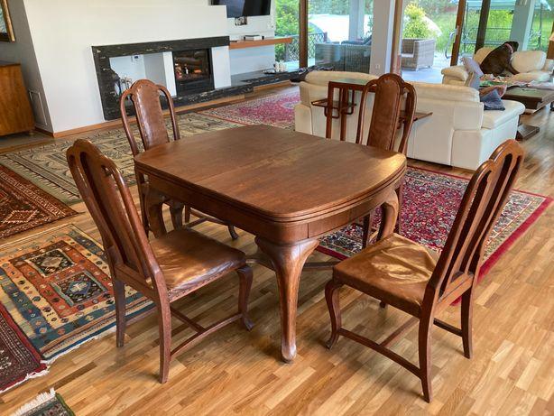 Sprzedam stół drewniany rozkładany z krzesłami (4 sztuki)