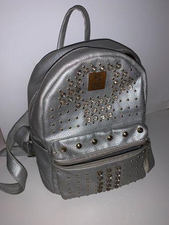 Рюкзак сірий дівчачий