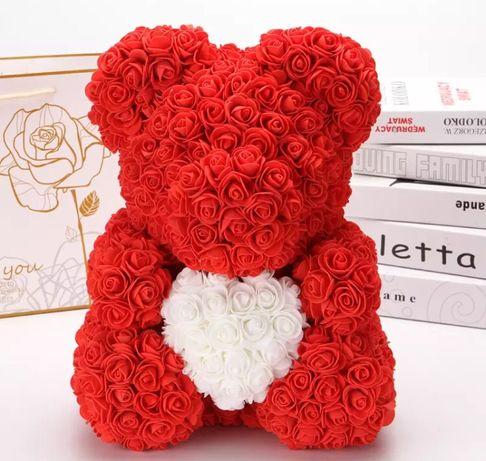 Czerowny miś z piankowych róż 40cm walentynki dzień kobiet prezent
