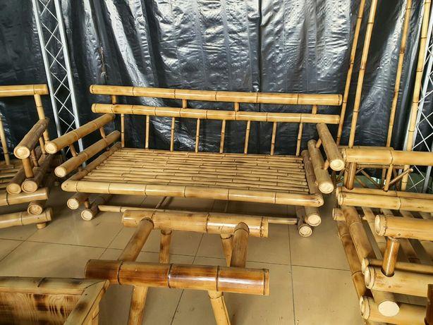 Диван и двв кресла,стол из бамбука