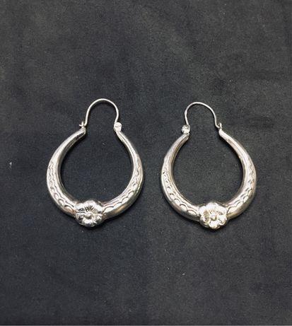Argolas barrocas em prata