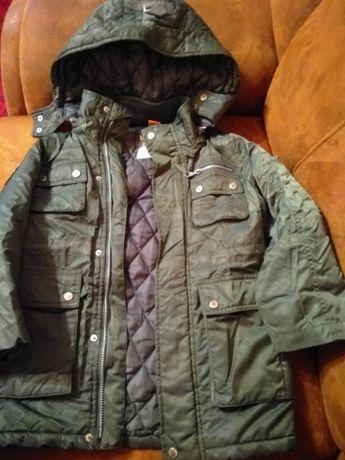Продам куртку для хлопчика р.122 см.