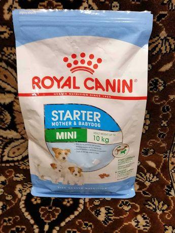 Корм Royal Canin starter Mother & Babydog до 10 кг веса животного