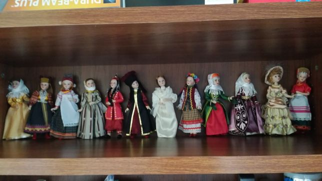 Порцелянові ляльки