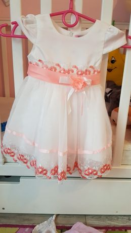 Piękna sukienka na roczek,chrzciny.