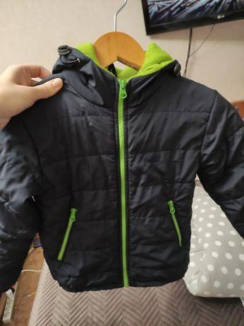Весняна куртка на хлопчика