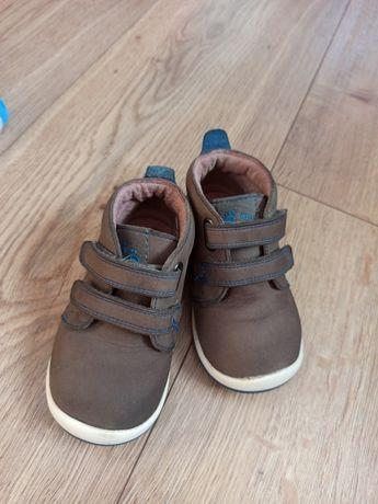 Ботиночки, теплая обувь на малыша