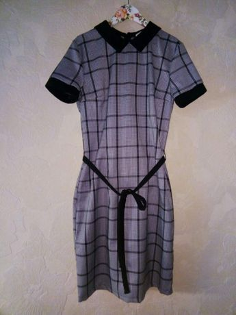 Школьное платье S Gloria Jeans