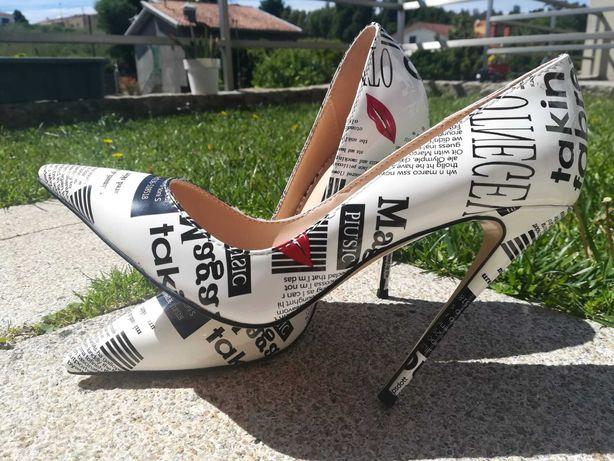 Sapatos Stiletto NOVOS